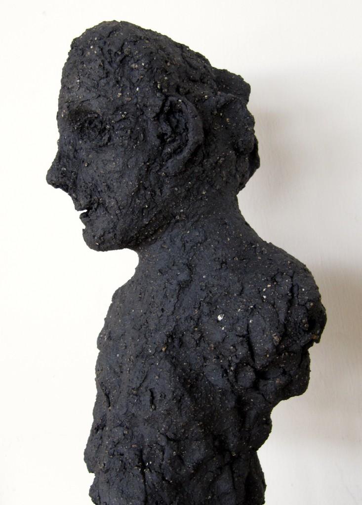 """""""Die Alte"""" Afrkanischer Ton, Hochgebrannt, 2012, ca.30cm"""